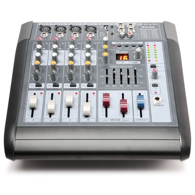 Location console de mixage amplifiée USB/SD/MP3 2x300watts SKYTEC
