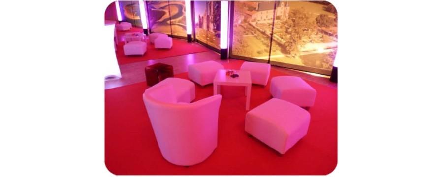 Location table, pouf, fauteuil, tabouret pour vos receptions en Vendée